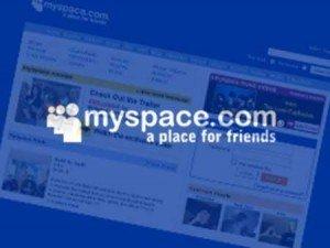MySpace pinta en negro...