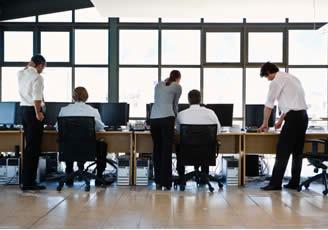 El 63 de los empleados es feliz en su trabajo seg n linkedin for Oficina de desempleo
