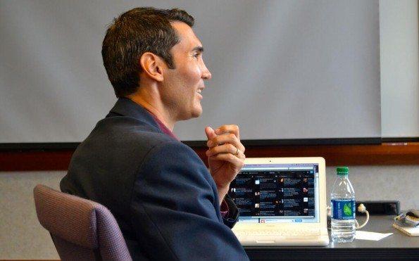 """""""Las redes sociales deben extender el periodismo, no reemplazarlo"""""""