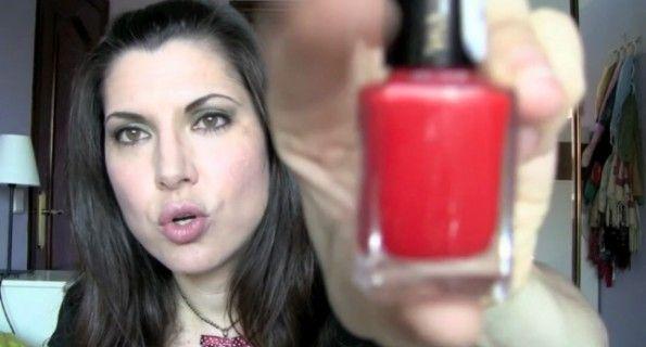 Isasaweis, la 'youtuber' de belleza más popular