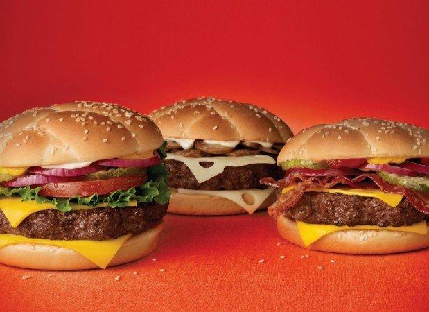 Hamburger-hamburgers-33393436-1366-768