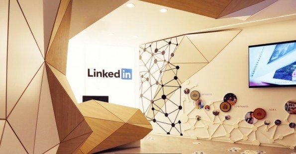 Los españoles no usan la red social LinkedIn como los demás
