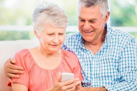 El móvil: herramienta de inclusión digital para personas mayores