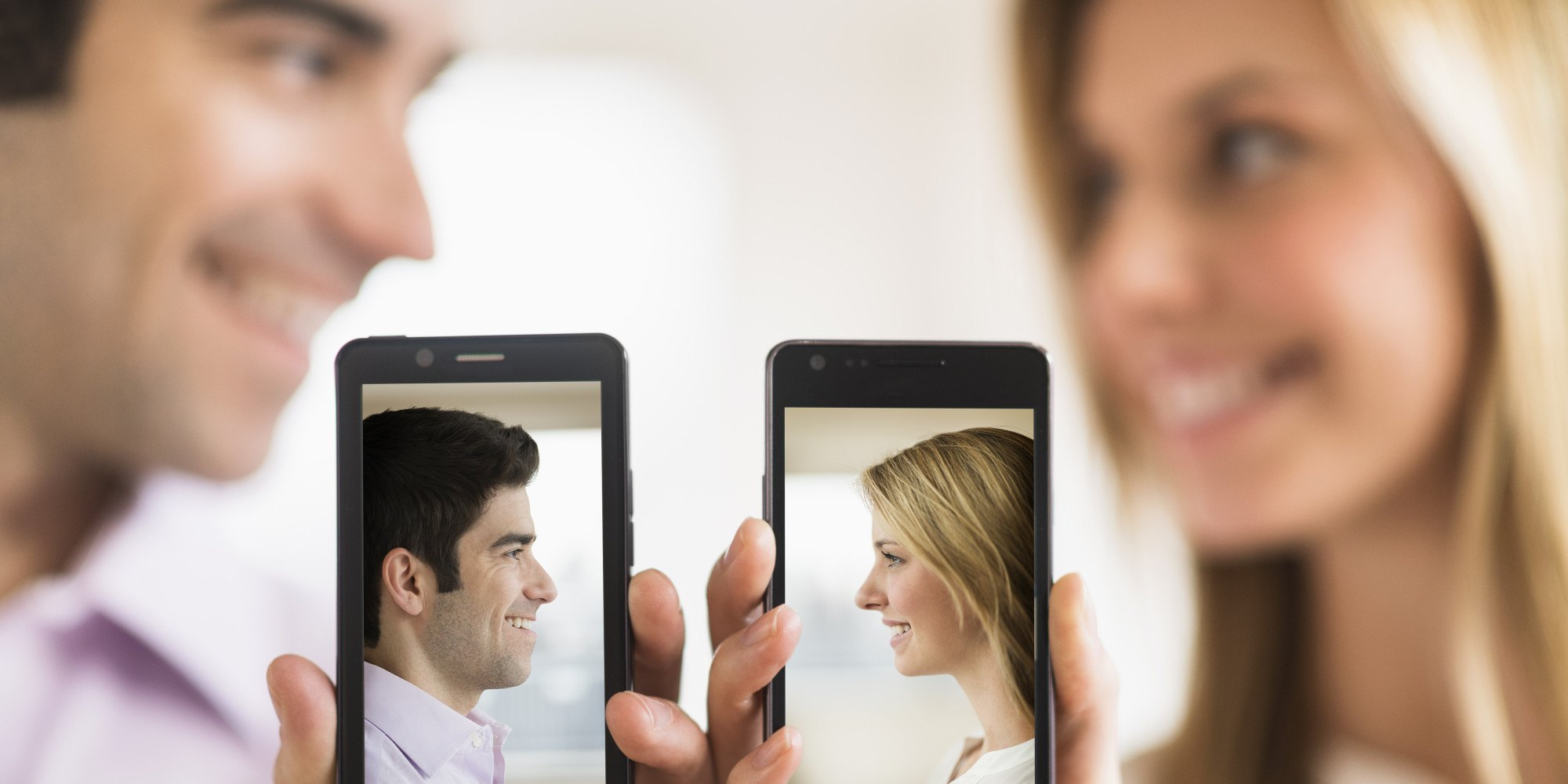 conocer personas por redes sociales
