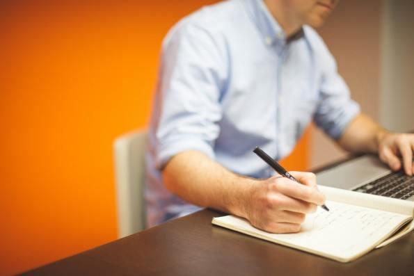 LinkedIn publica los empleos con bonos anuales más altos en EEUU