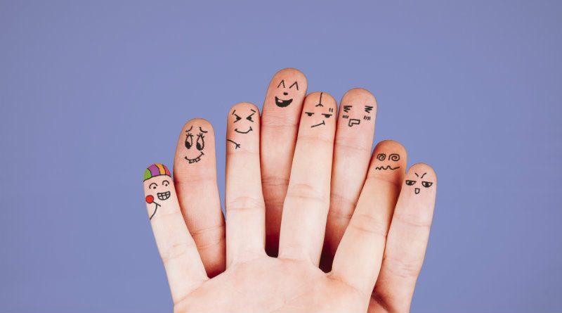 Dedos mano feliz