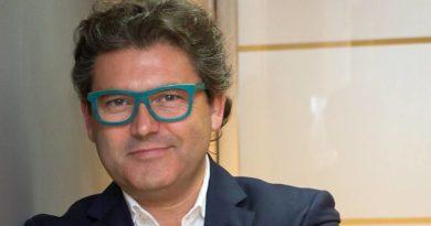 Marc Vidal: «Iremos a trabajar sólo para aprender de las máquinas»
