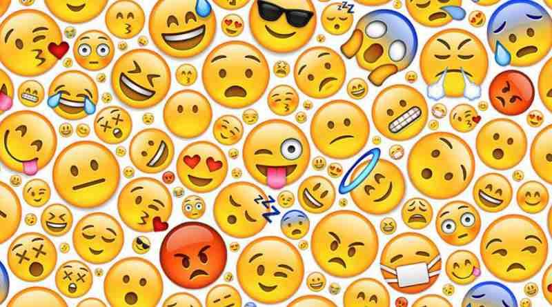 Emojis RAE usar antes o después del punto