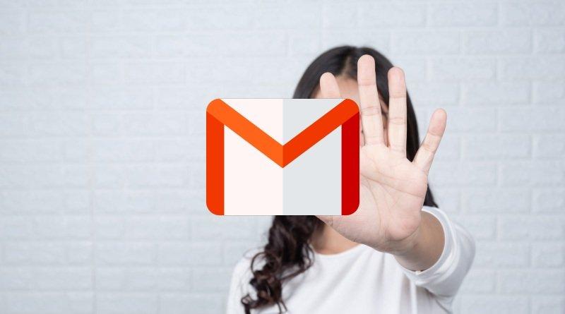 Revertir correos Gmail