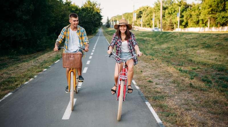 Ciclistas enamorados