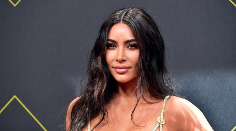 Kim Kardashian congela Facebook