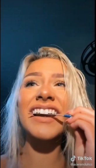 Limar dientes TikTok reto